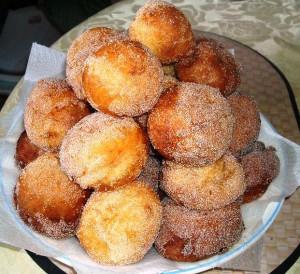 recept-domashnix-ponchikov-s-saxarnoj-pudroj