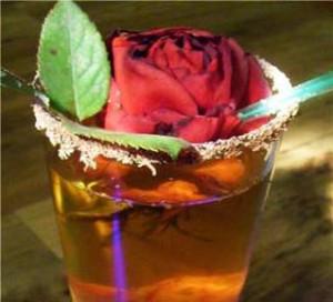 ликер из лепестков розы